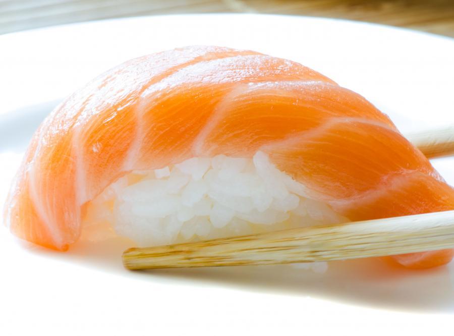 Sushi zawiera dużo kalorii