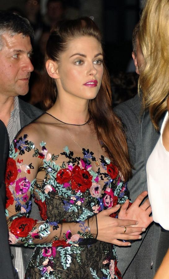 """Kristen Stewart na premierze """"W drodze"""" w Toronto"""