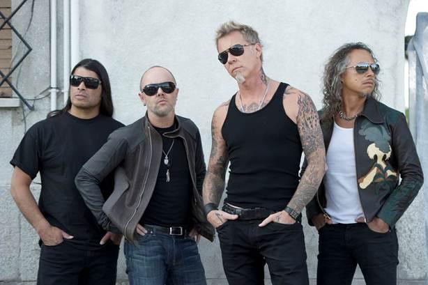 Trójwymiarowa Metallica Nimróda Antala w wakacje