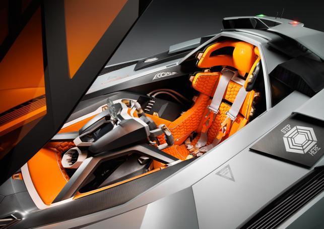 Szczyt Perwersji Na 50 Urodziny Zdjecia Nowego Lamborghini Egoista