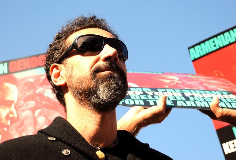 Zobacz jazzującego Serja Tankiana