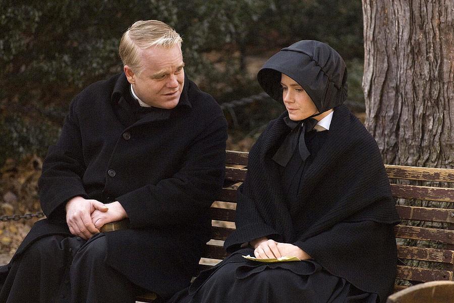 """Philip Seymour Hoffman w filmie """"Wątpliwość"""""""