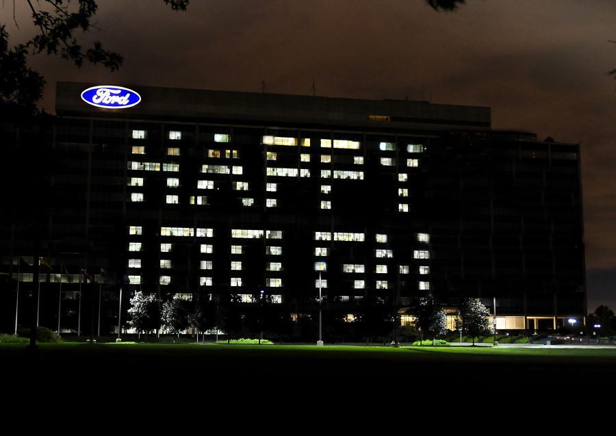 Ford gratuluje GM