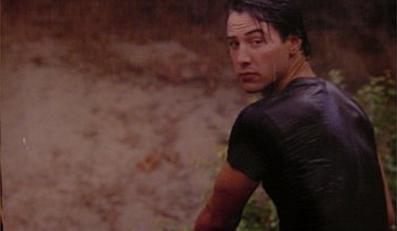 """Keanu Reeves w filmie """"Na fali"""""""