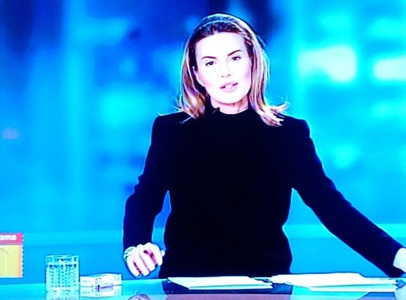 "Hanna Lis w ""Panoramie"" z paczką papierosów"