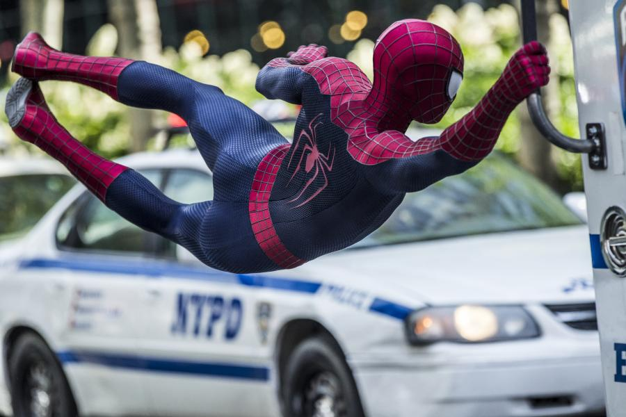 "Andrew Garfield w filmie ""Niesamowity Spider-Man 2"""