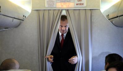 Premier jednak korzysta z rządowego samolotu
