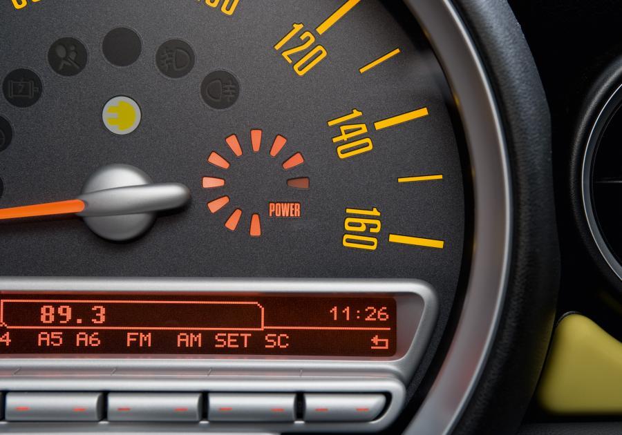 Diodowy wskaźnik podpowie kierowcy poziom naładowania baterii