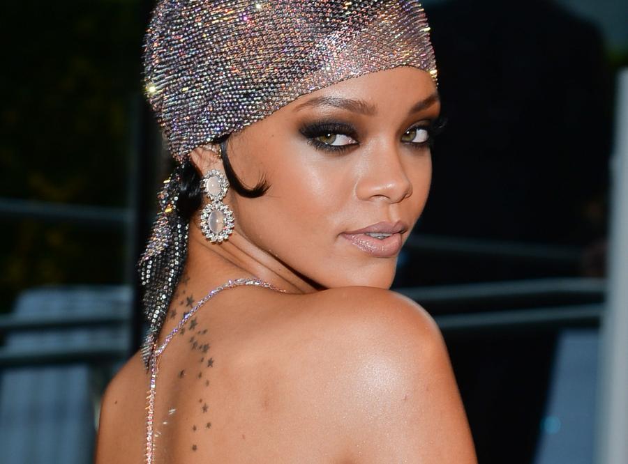 Rihanna na gali 2014 CFDA Fashion Awards
