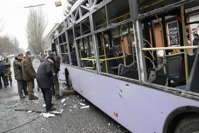 Ostrzelany autobus na przystanku w Doniecku
