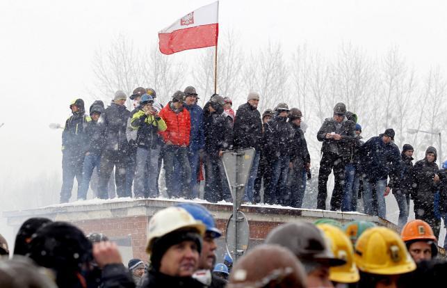Górnicy protestują w Jastrzębiu
