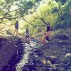 Taylor Swift odpoczywa na Hawajach z siostrami Haim