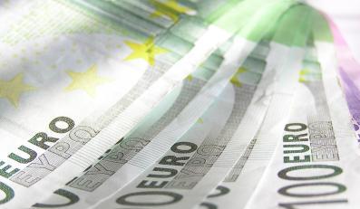 Brytyjczycy i Niemcy wyliczyli, ile da podatek bankowy
