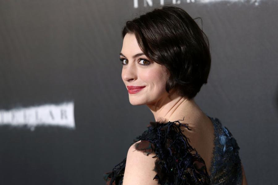 Anne Hathaway zniszczy Tokio