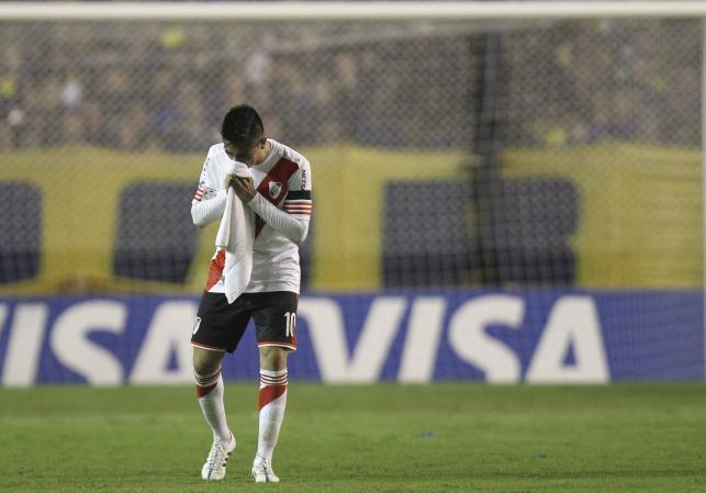 Kibice Boca Juniors zaatakowali gazem piłkarzy River Plate