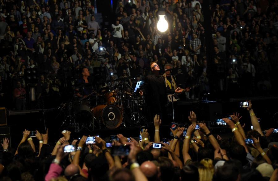 """U2 znowu w trasie. Ruszyło """"The iNNOCENCE + eXPERIENCE Tour 2015"""""""
