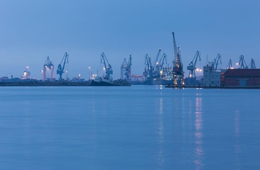 Port w Salonikach