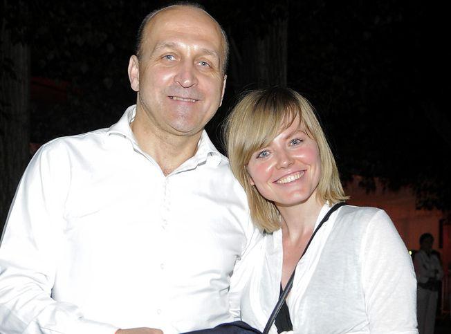 Kazimierz Marcinkiewicz, Isabel Olechowicz-Marcinkiewicz