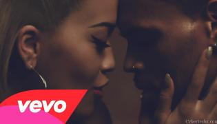 "Rita Ora i Chris Brown w klipie do ""Body on Me"""
