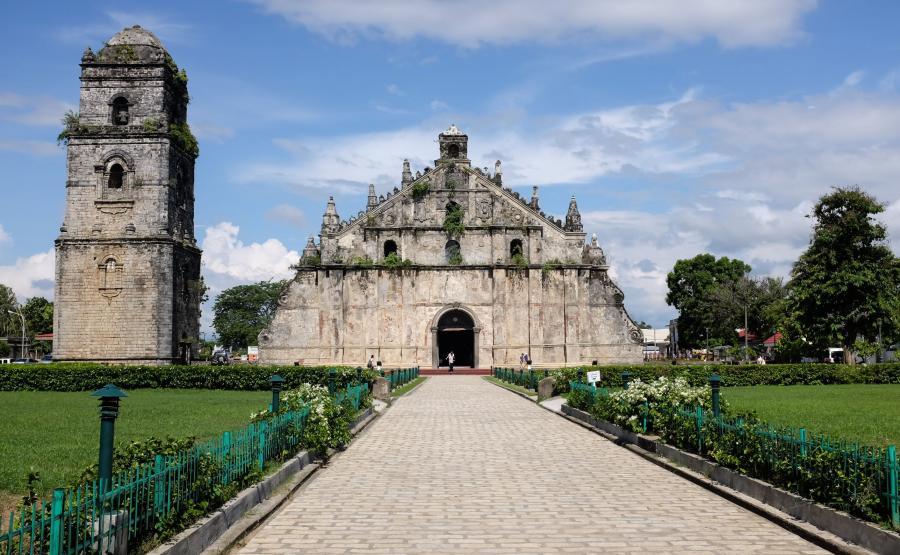 Świątynia Paoay Ilocos Norte w Manili - Europa w Azji
