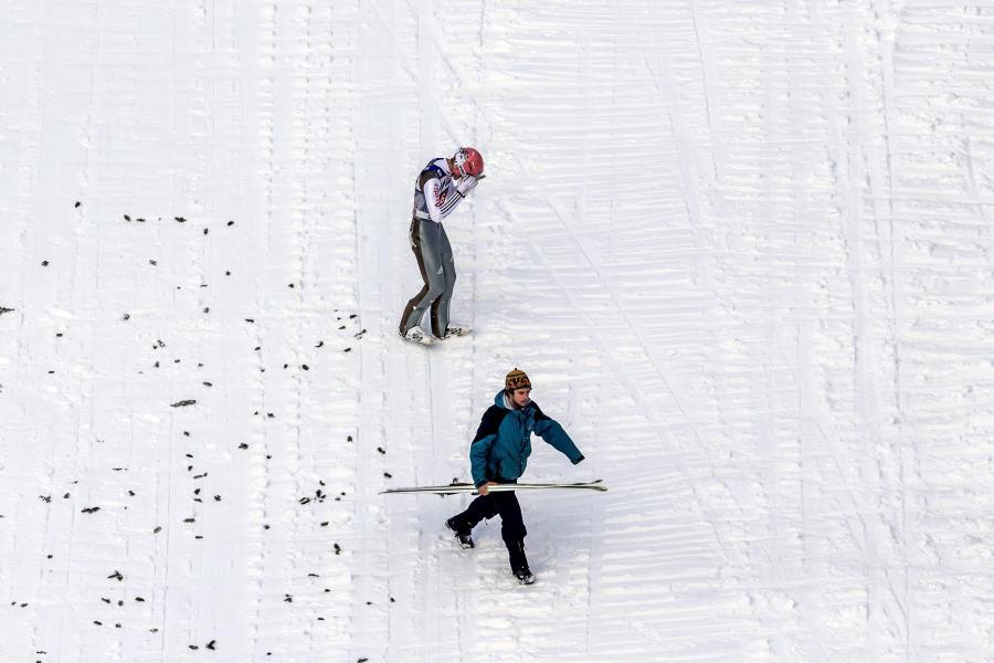 Upadek Severina Freunda na skoczni w Innsbrucku