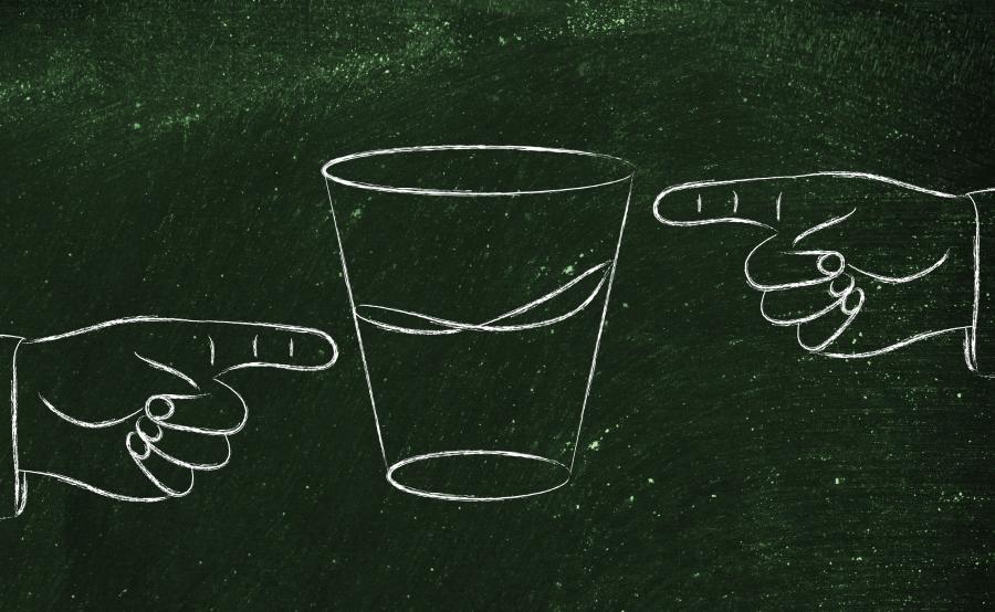 Szklanka do połowy pełna czy pusta?