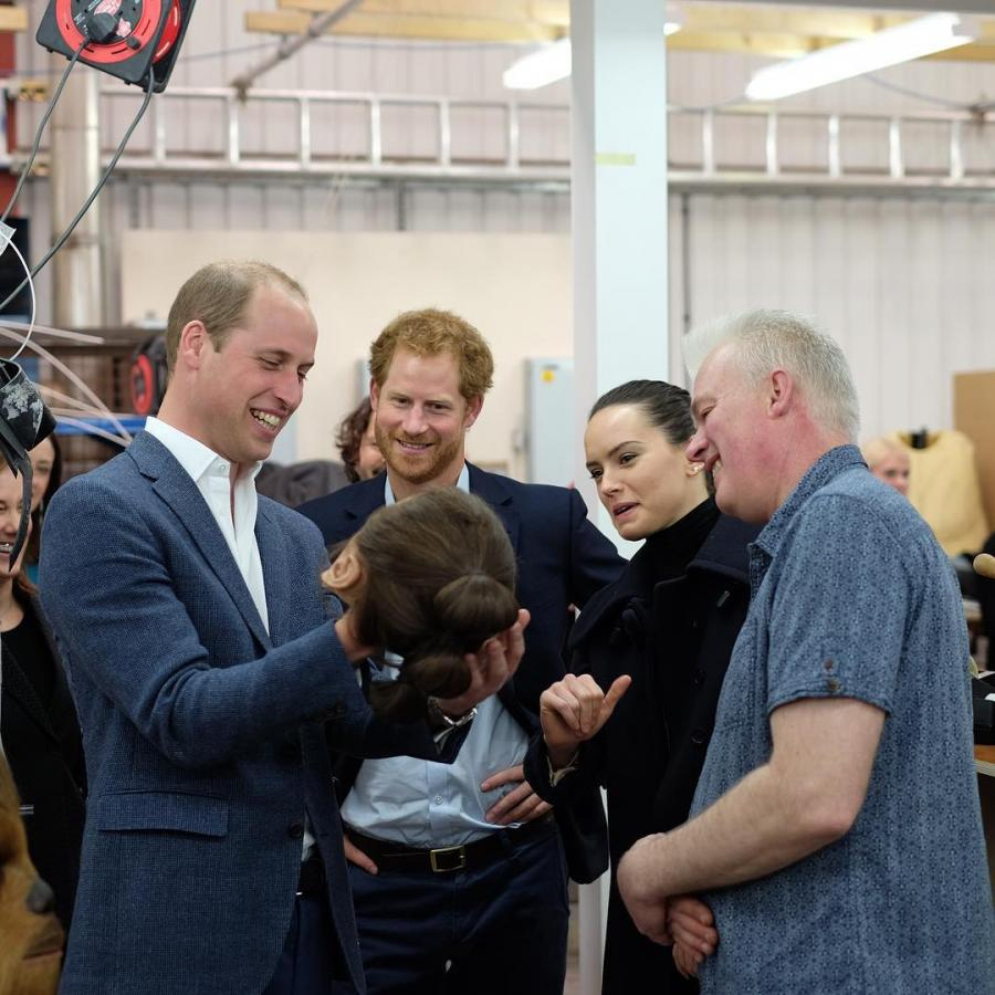 William i Harry oraz filmowa Rey – Daisy Ridley