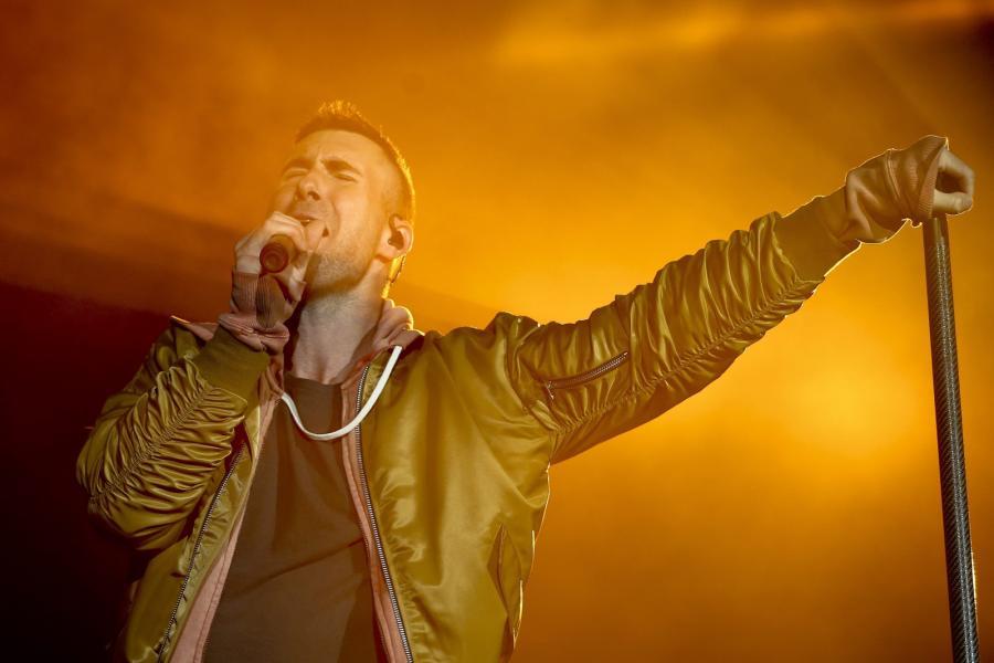 Adam Levine i Maroon 5 po raz pierwszy zagrają w Polsce