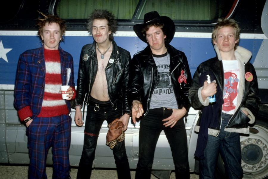 Sex Pistols jak za dawnych lat, choć z płyty