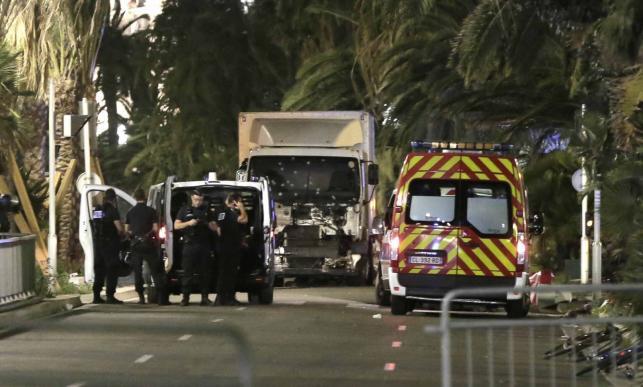 Ciężarówka wykorzystana przez zamachowcę w Nicei