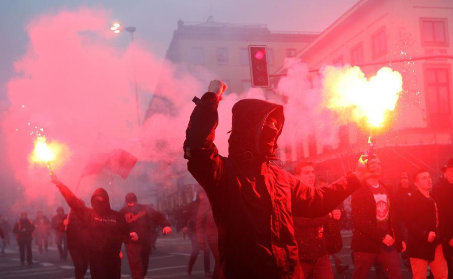 Święto Niepodległości 11 listopada 2014 roku. Demonstracja na ulicach Warszawy