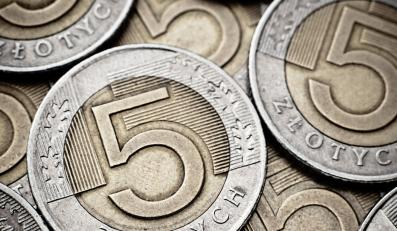GUS: Pensje rosną