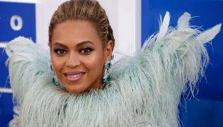Beyonce anielsko szczęśliwa na gali MTV Video Music Awards