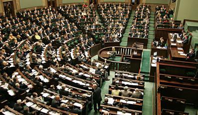 PiS uderza w PO starą uchwałą ws. 17 września
