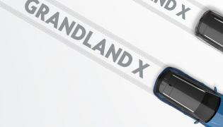 """Ofensywa modelowa o nazwie """"7 w 17"""" oznacza siedem premier w 2017. Opel grandland X to jeden z siódemki przewidzianej na przyszły rok"""