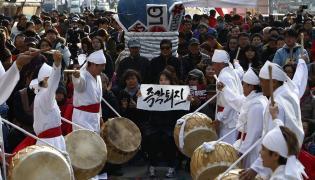 Protesty przeciw prezydent Korei Południowej