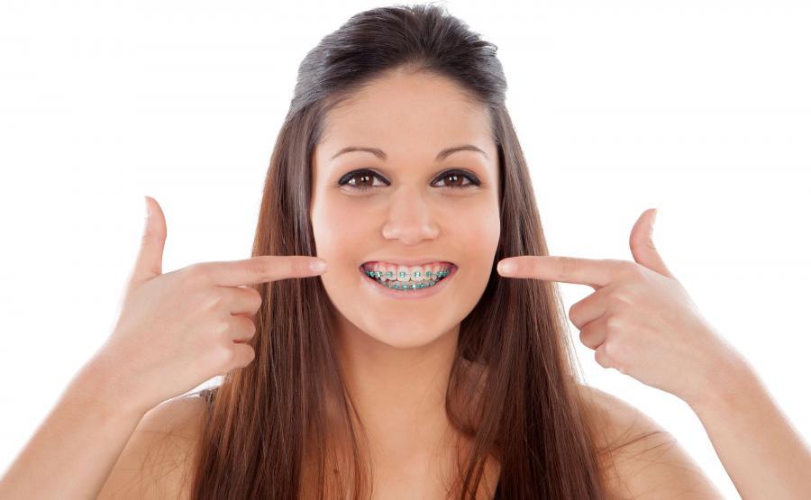 Czy mogę skrócić leczenie ortodontyczne?