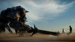 """Kadr z filmu """"Transformers: Ostatni Rycerz"""""""
