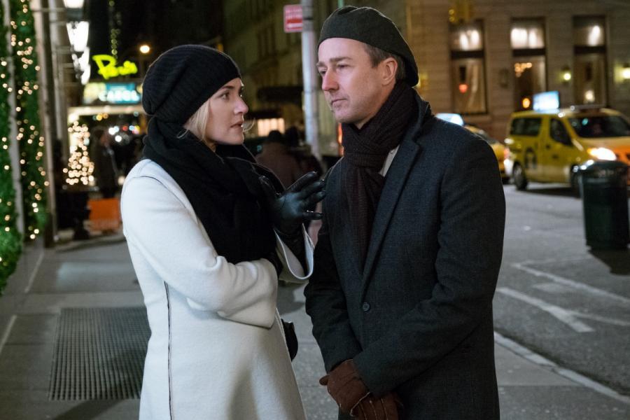 """Kate Winslet oraz Edward Norton w filmie """"Ukryte Piękno"""". Premiera 25 grudnia 2016. fot. materiały prasowe"""
