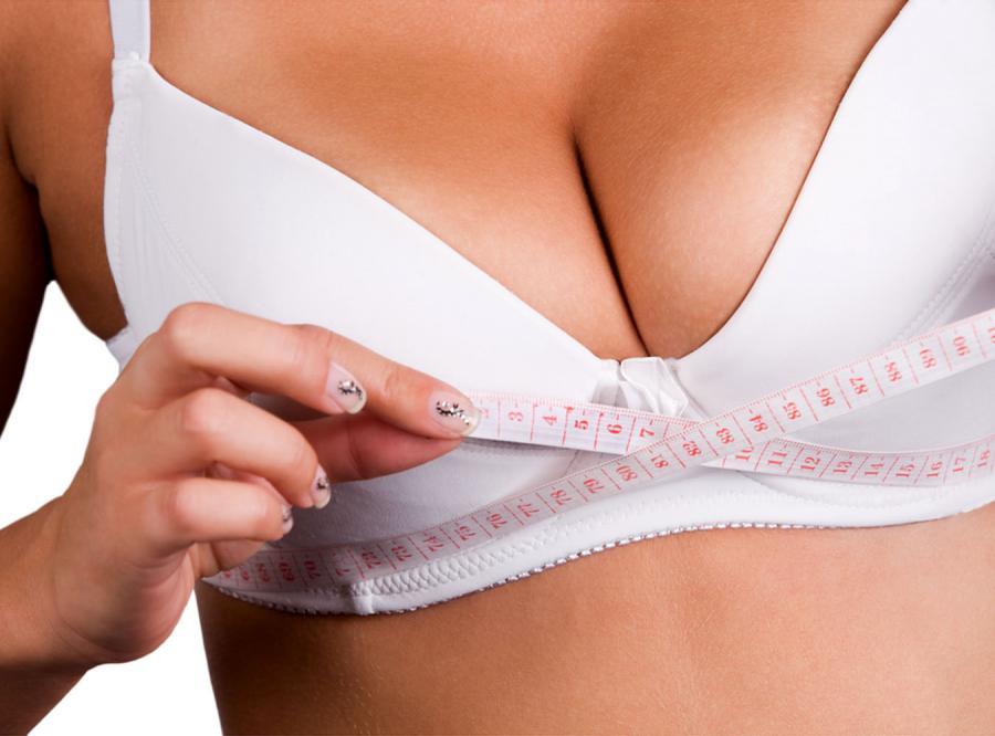 Co ma rozmiar biustu do inteligencji kobiet?