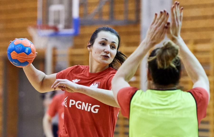 Zawodniczki reprezentacji Polski w piłce ręcznej Joanna Kozłowska